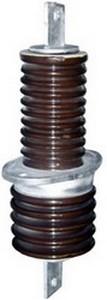 Изолятор фарфоровый проходной ИП-10/630-7,5